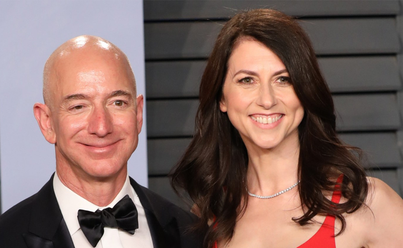 With a net worth of $66.4 billion, novelist MacKenzie Scott became the world's richest woman on Monday, according to the Bloomberg Billionaires Index
