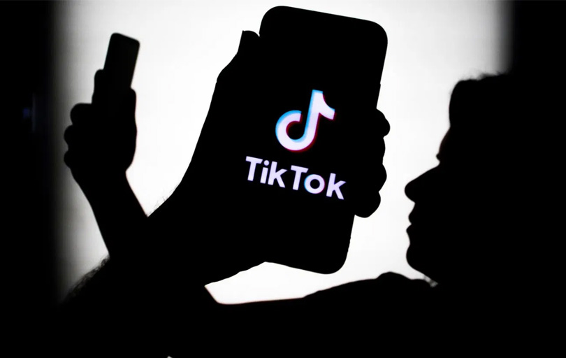 American Airlines will let you watch 30 minutes of TikTok in the air for free